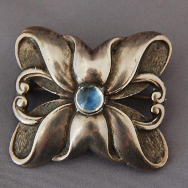 Urn Belts Brooch Toothpicks 027